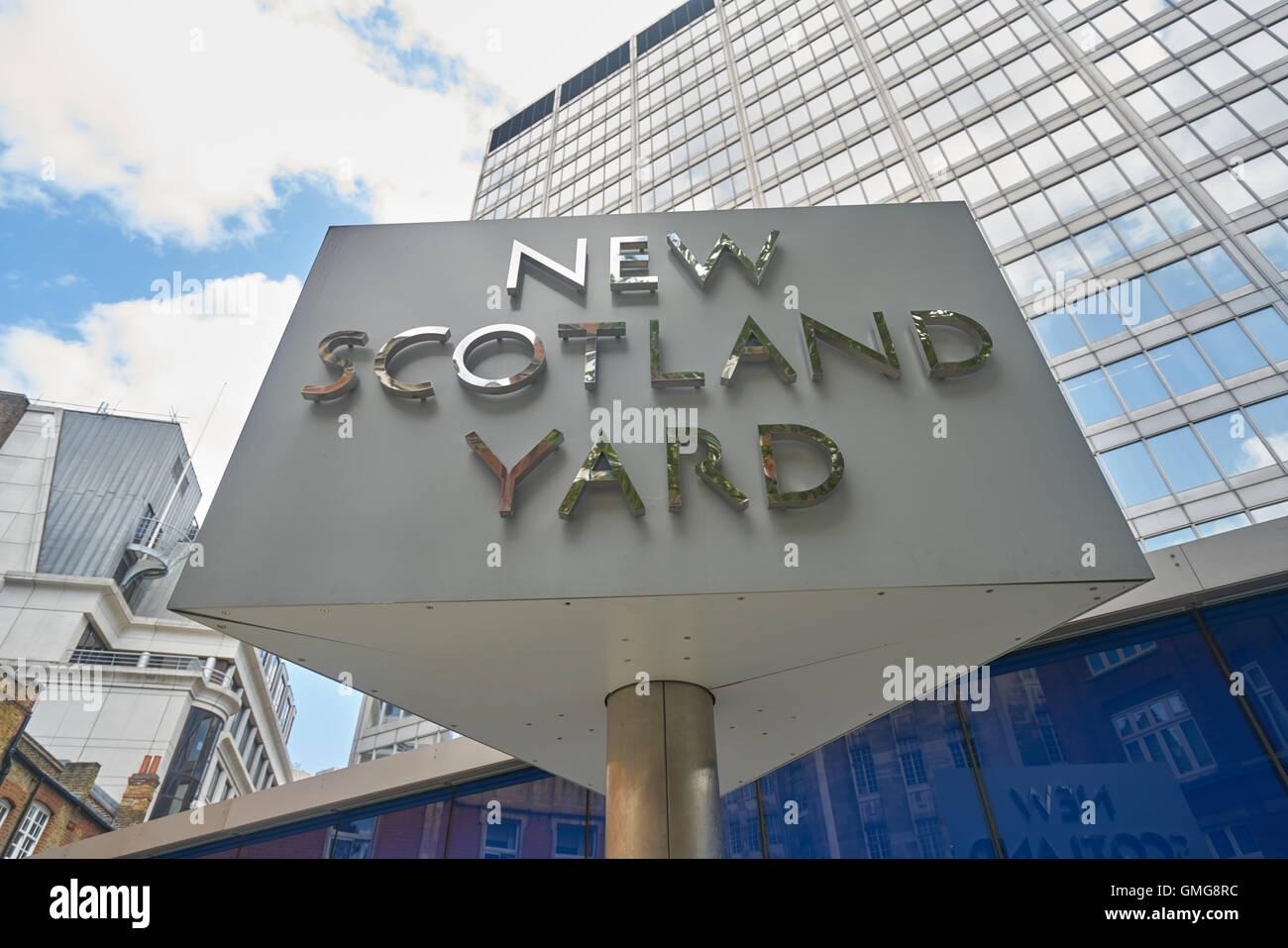 New Scotland Yard,  Metropolitan Police London - Stock Image