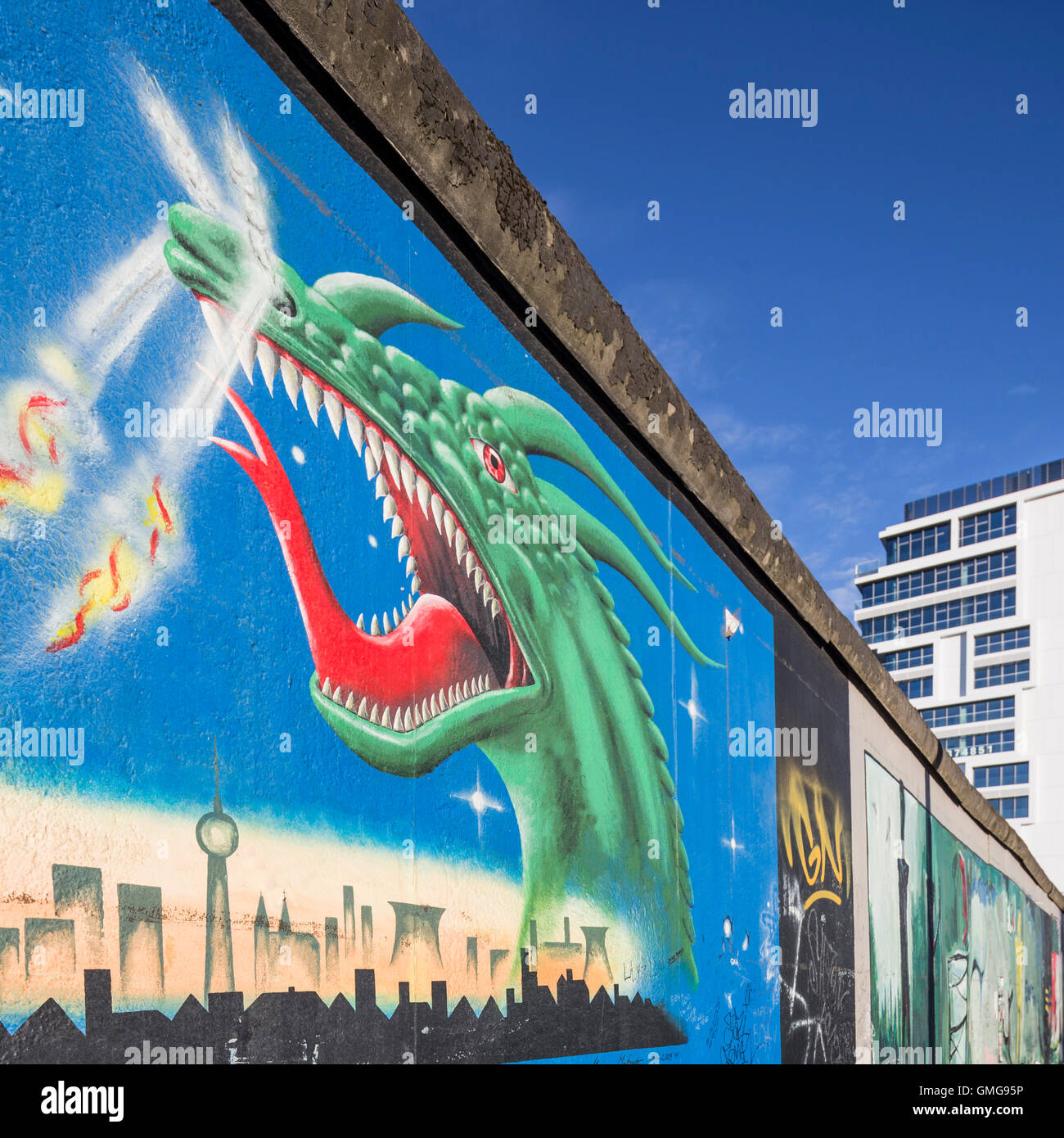 berlin wall east side gallery dragon living levels real estate