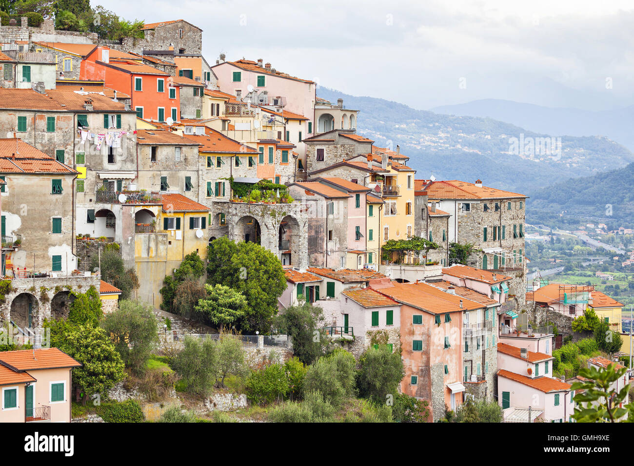 Small houses chaotically standing on the hill in Vezzano Ligure, Italy Stock Photo