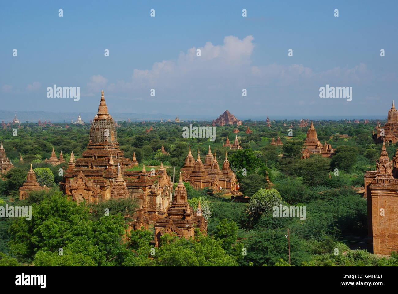 Pagodas on the Bagan Plains, Myanmar - Stock Image