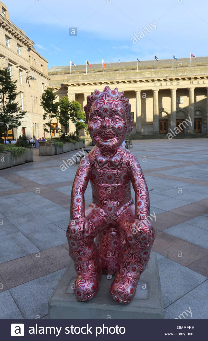 Guilded Wullie by Robert Mach and Touring Oor Wullie statues City Square Dundee Scotland  August 2016 - Stock Image