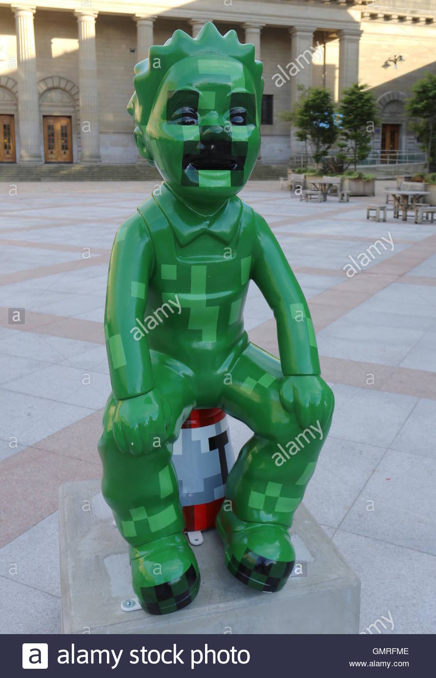 Minecraft by 4J Studios one of the Touring Oor Wullie statues back in City Square Dundee Scotland  August 2016 - Stock Image