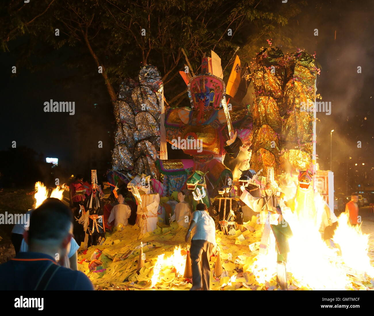 sending off King of Hades, during Hungry Ghost Festival - Stock Image