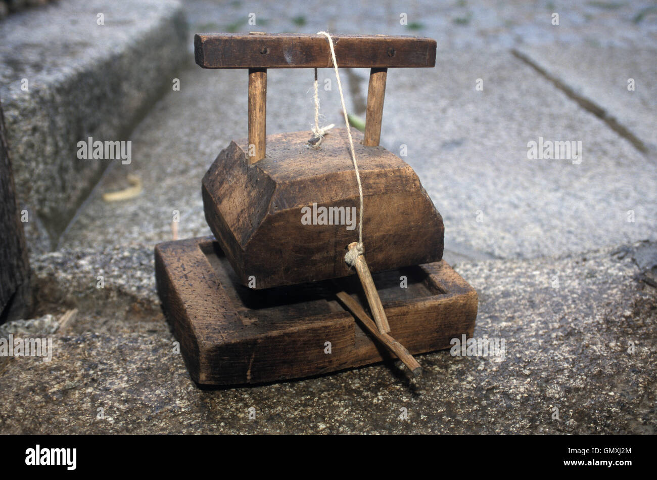 Artisanal mouse trap. Portugal - Stock Image