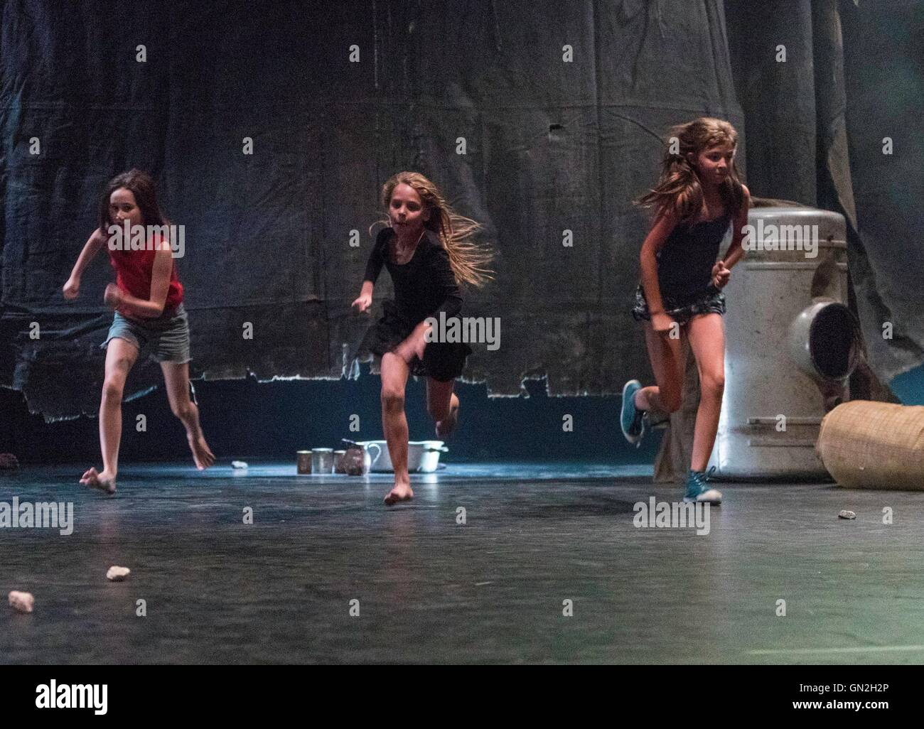 Edinburgh, UK. 27th Aug, 2016. Raw, performed by Belgian dance company Kabinet K at the Edinburgh International Stock Photo