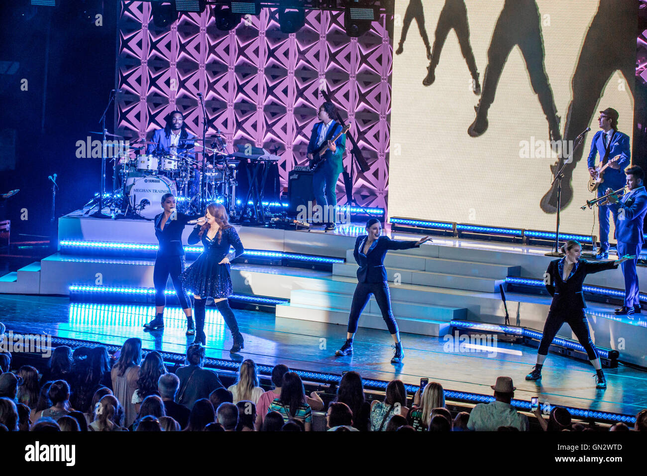 Rochester Hills, Michigan, USA. 8th Aug, 2016. MEGHAN TRAINOR performing on The Untouchable Tour at the Meadow Brook - Stock Image