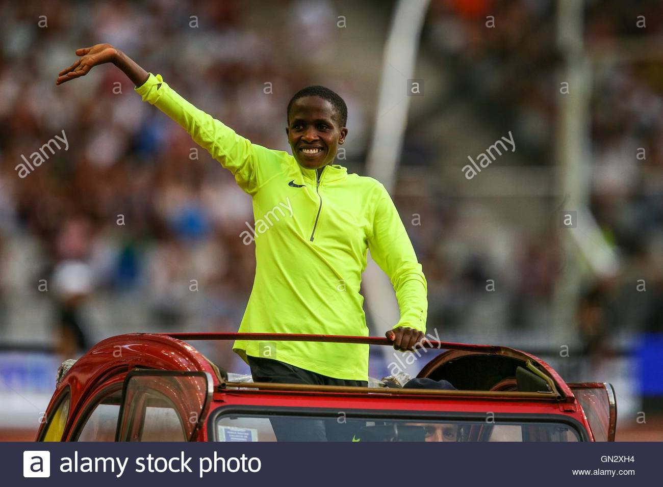 Saint Denis, France. 27th Aug, 2016. Kenyan middle-distance runner Faith Chepngetich Kipyegon parades in the Stade - Stock Image