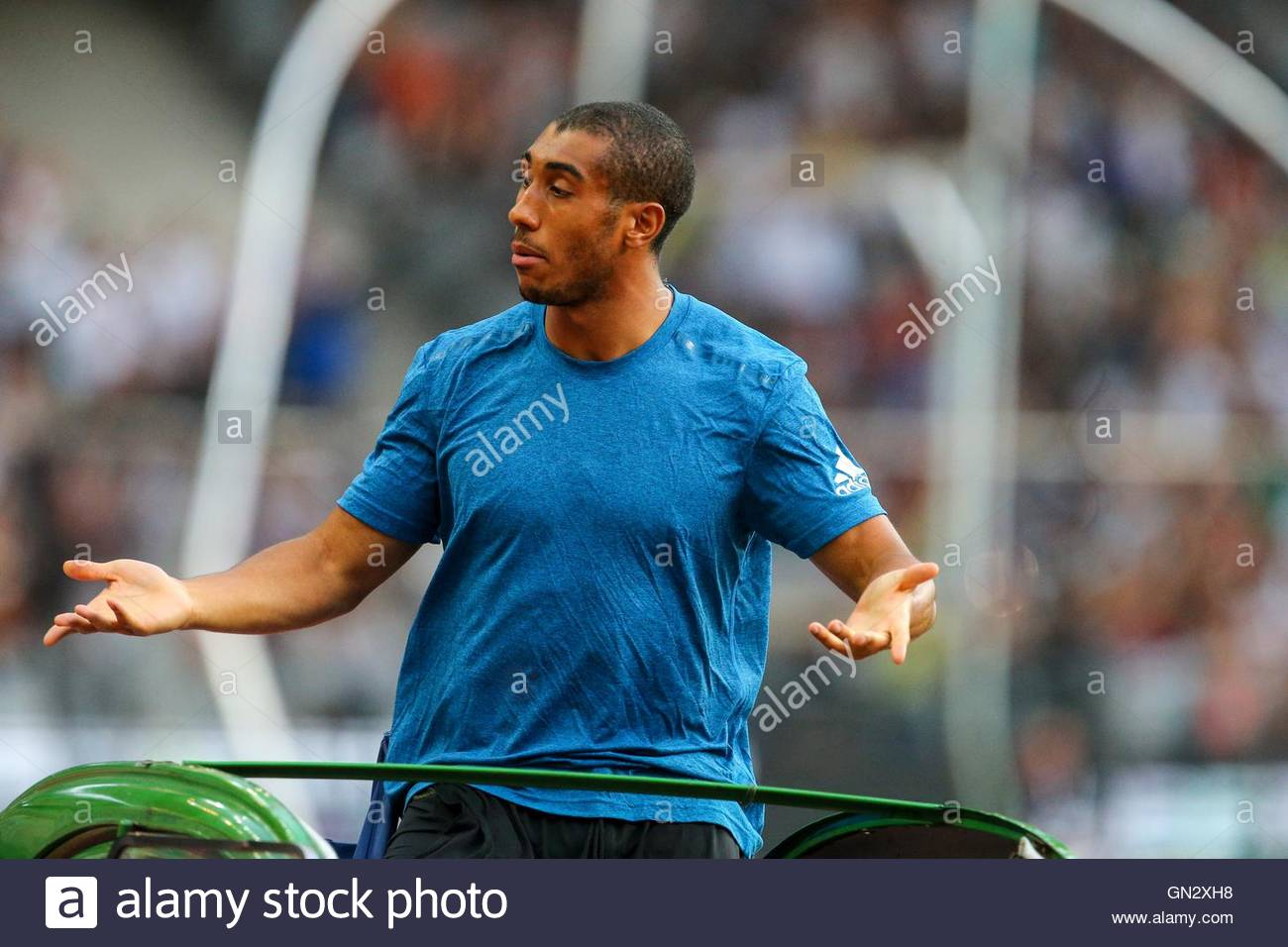 Saint Denis, France. 27th Aug, 2016. French sprinter Jimmy VIcaut parades in the Stade de France on August 27, 2016 - Stock Image