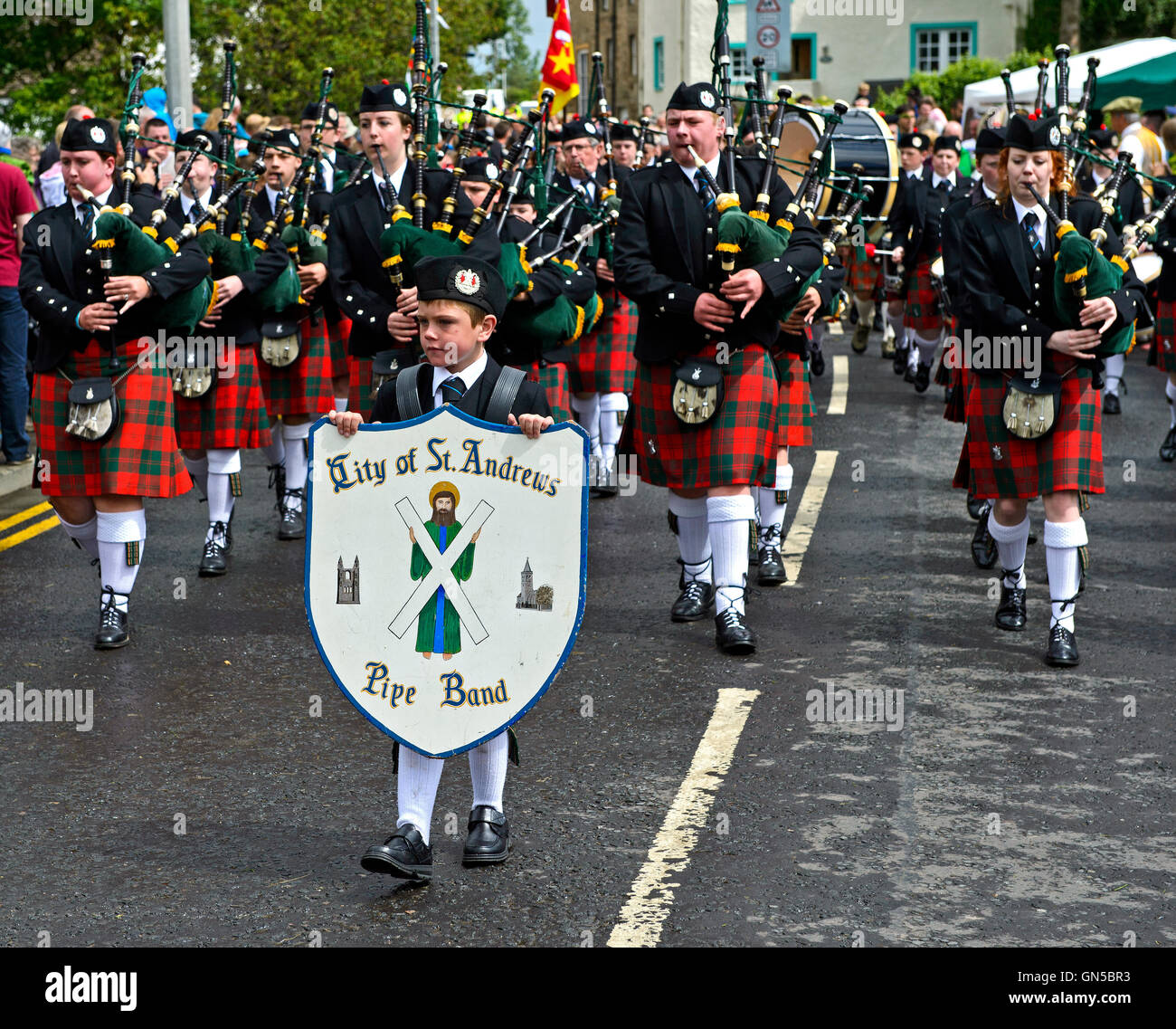 Bagpipe players of the City of St Andrews Pipe Band, Ceres, Scotland, United Kingdom - Stock Image