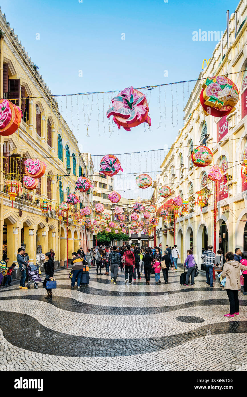 leal senado square famous tourist attraction in central old colonial town area of macao macau china - Stock Image