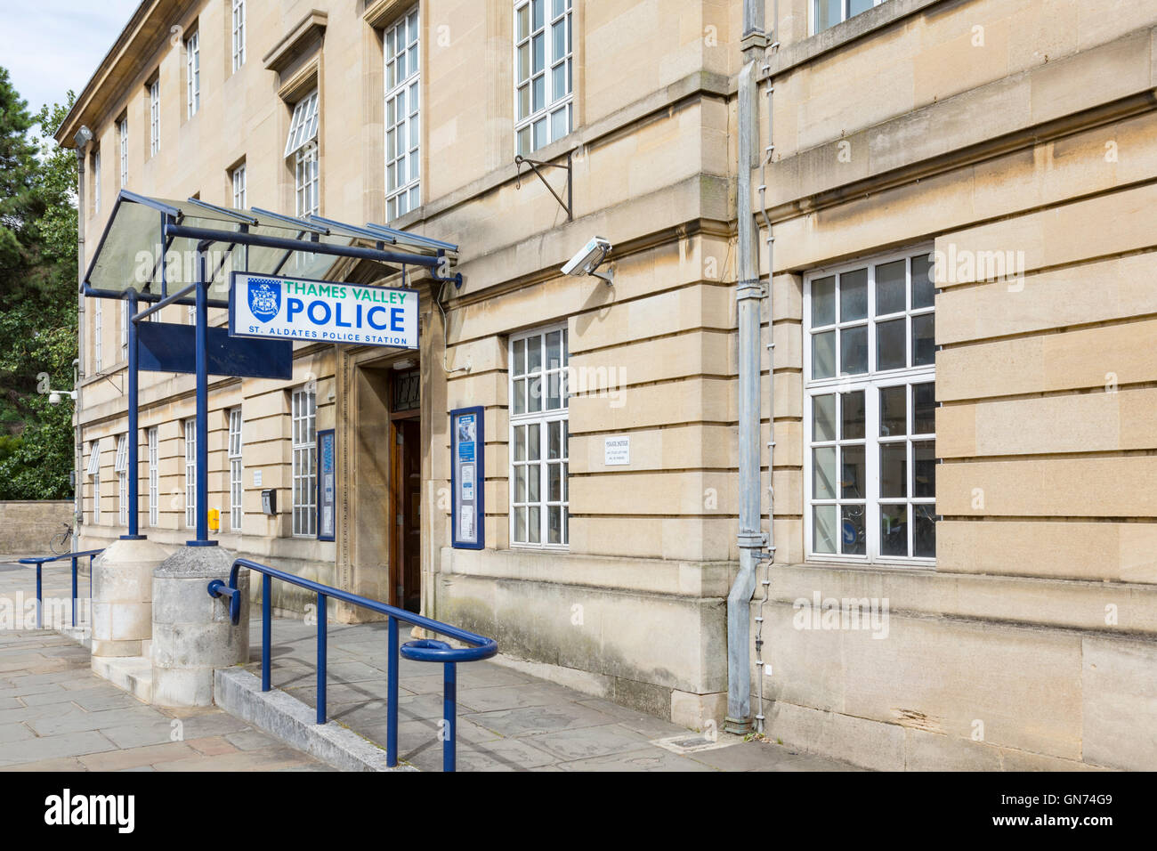 St Aldates Police Station, Thames Valley Police, Oxford, Oxfordshire, England, UK - Stock Image