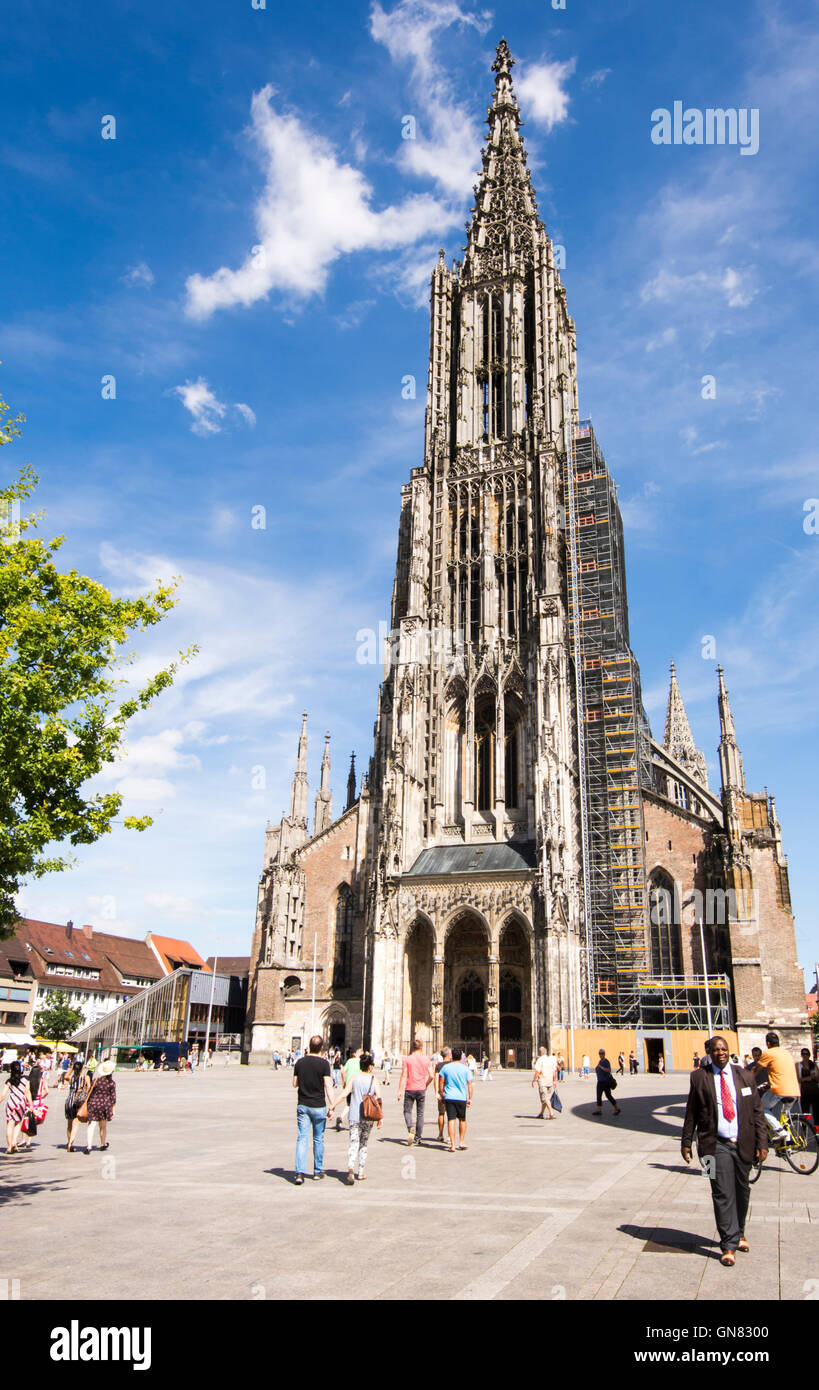 ULM, GERMANY - AUGUST 13: Tourists at the Minster of Ulm, Germany on August 13, 2016. - Stock Image
