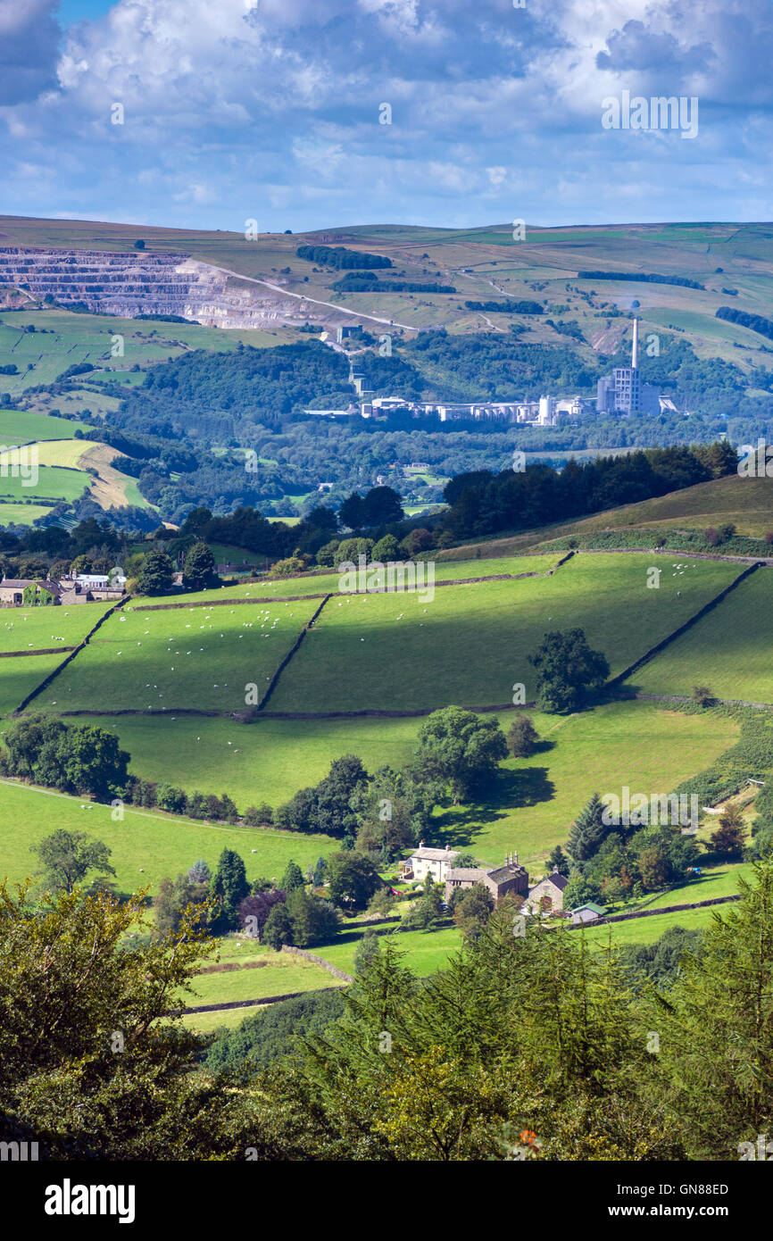 View of Hope Valley cement works and quarries from Stanage Edge, Peak District, Derbyshire - Stock Image