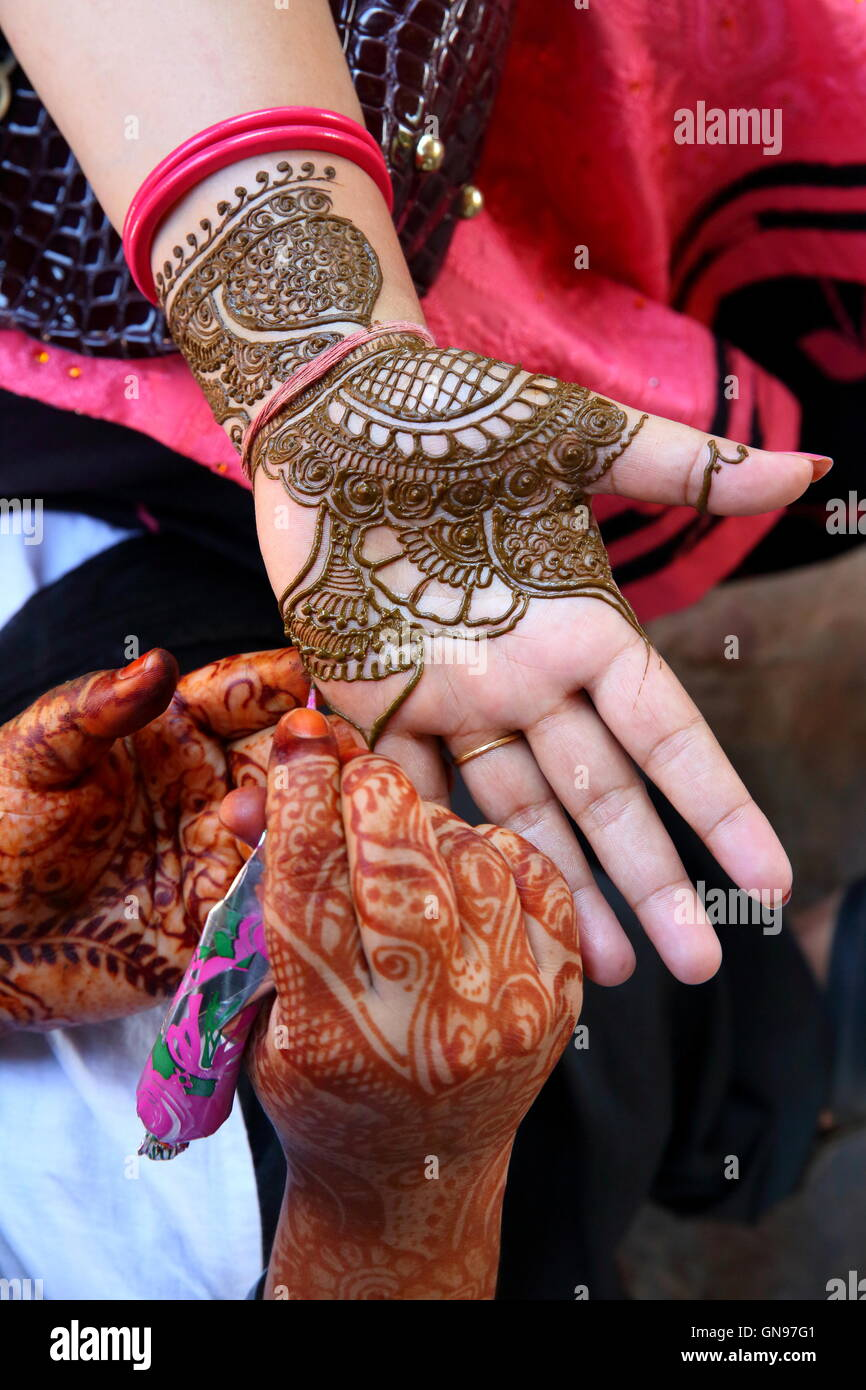 Drawing Process Of Henna Mehendi Ornament On Woman S Hand It Is A