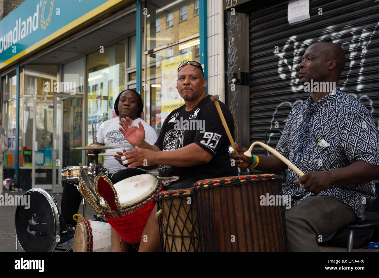 London, England, UK. 29th August 2016. Notting Hill Carnival 2016 during the bank holiday Monday. Street musicians - Stock Image