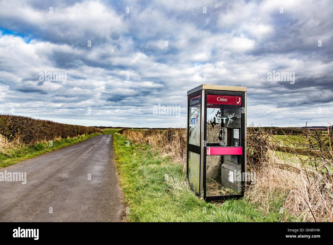 Remote rural KX10 telephone box, England, UK - Stock Image