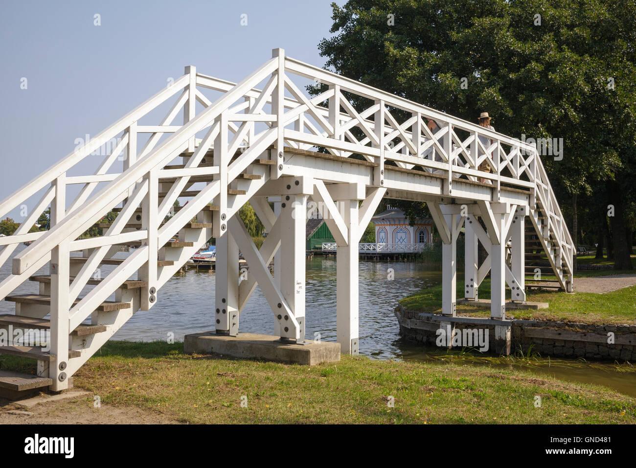 Weisse Bruecke – white bridge, Neustrelitz, Mecklenburg-Vorpommern, Germany - Stock Image