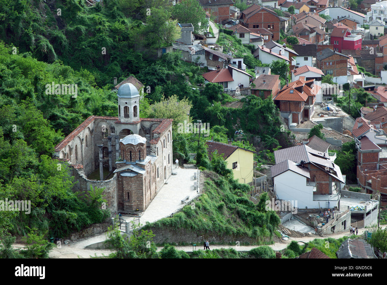 Prizren, Kosovo : Orthodox church damaged during war - Stock Image