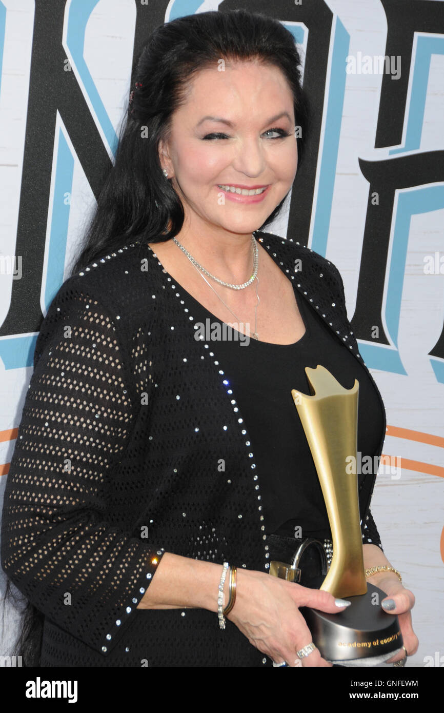 Nashville, Tennessee, USA. 30th August, 2016. Crystal Gayle. 10th Annual ACM Honors honoring the winners from the - Stock Image