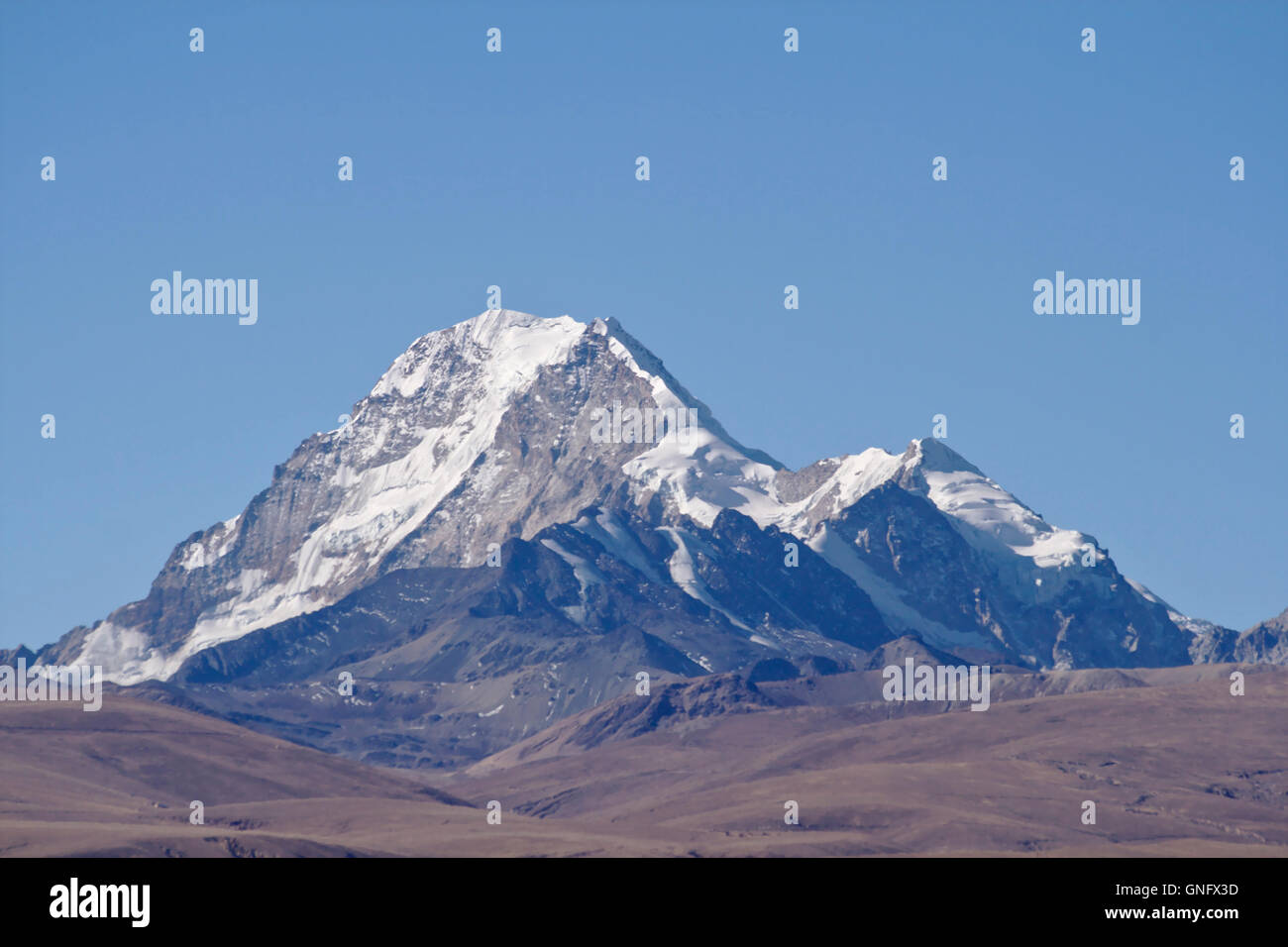 Huayna Potosi in the Cordillera Real near La Paz, Bolivia - Stock Image