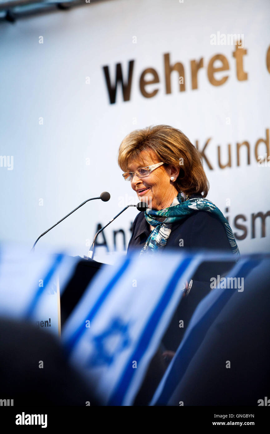 Charlotte Knobloch at a rally against anti-Semitism in Munich, 2014 - Stock Image