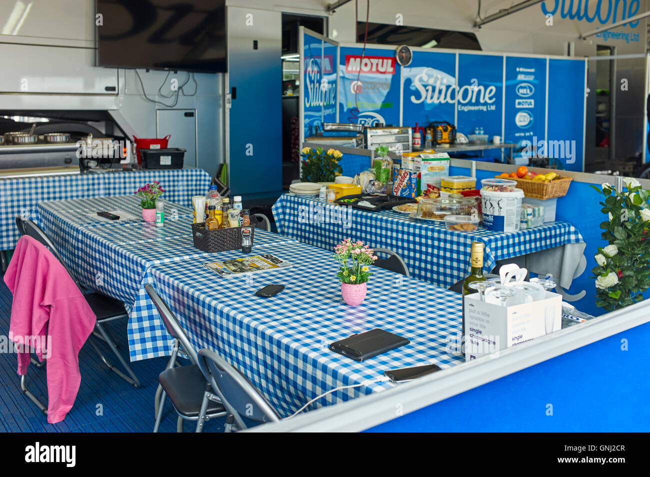 Silicone Engineering race team eating area at the Festival of Motorcycling, Isle of Man 2016 - Stock Image