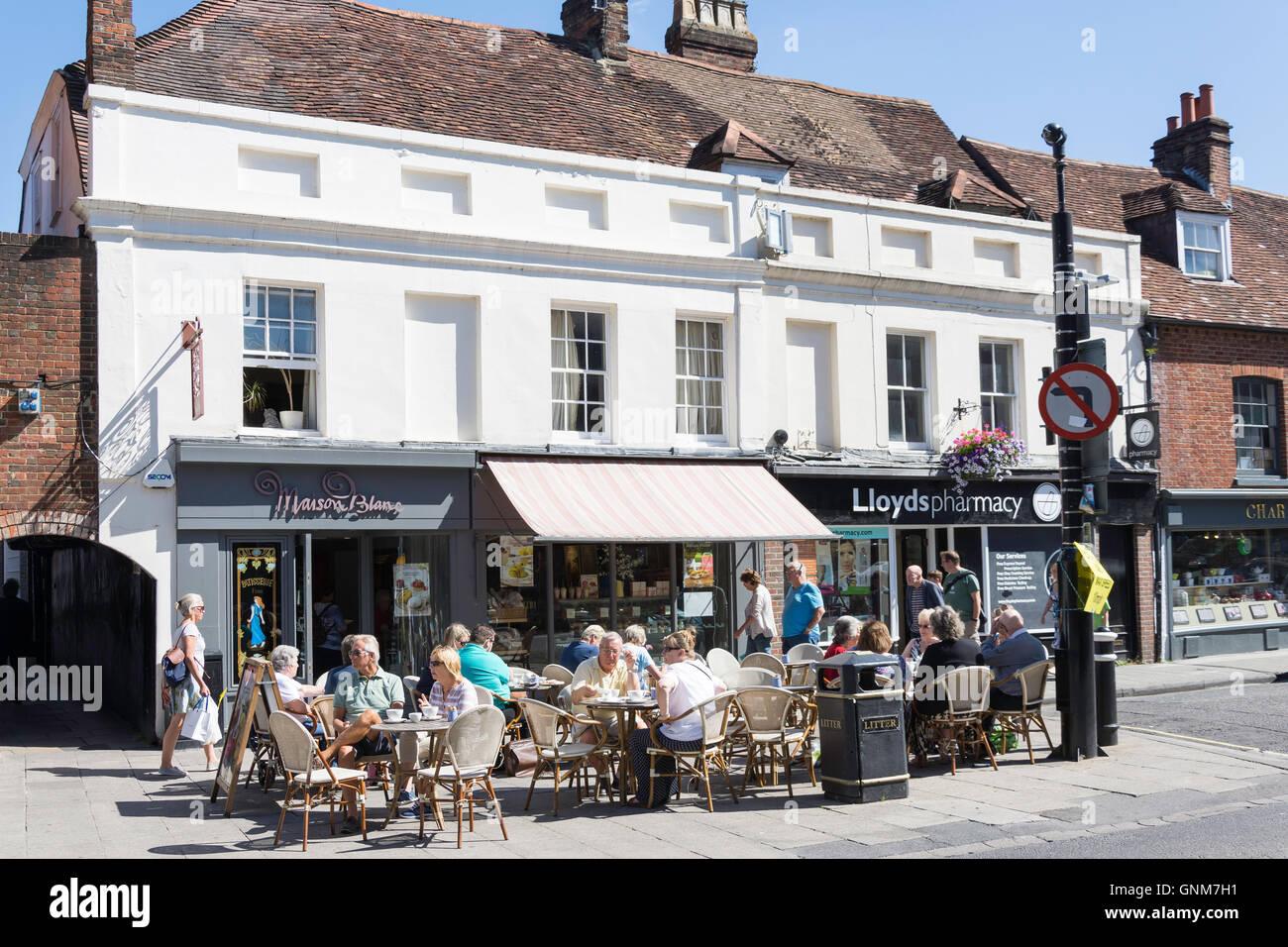 Maison Blanc Patisserie, High Street, Winchester, Hampshire, England, United Kingdom - Stock Image