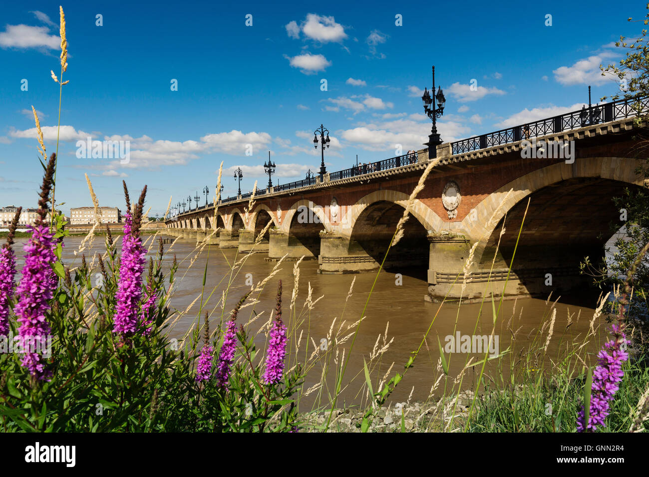 Pont de Pierre. Stone Bridge & Garonne River. Bordeaux, Gironde. Aquitaine France Europe - Stock Image
