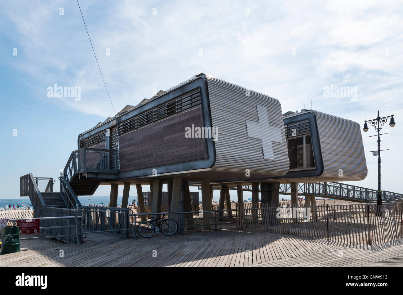 Exterior of first aid medical station building on Brighton Beach, Brooklyn, New York. - Stock Image