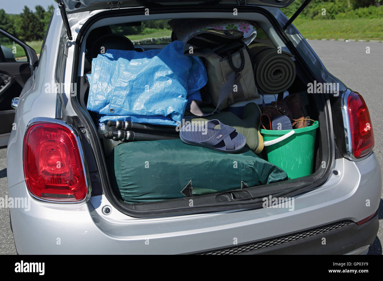 Fiat Car Boot High Resolution Stock Photography And Images Alamy