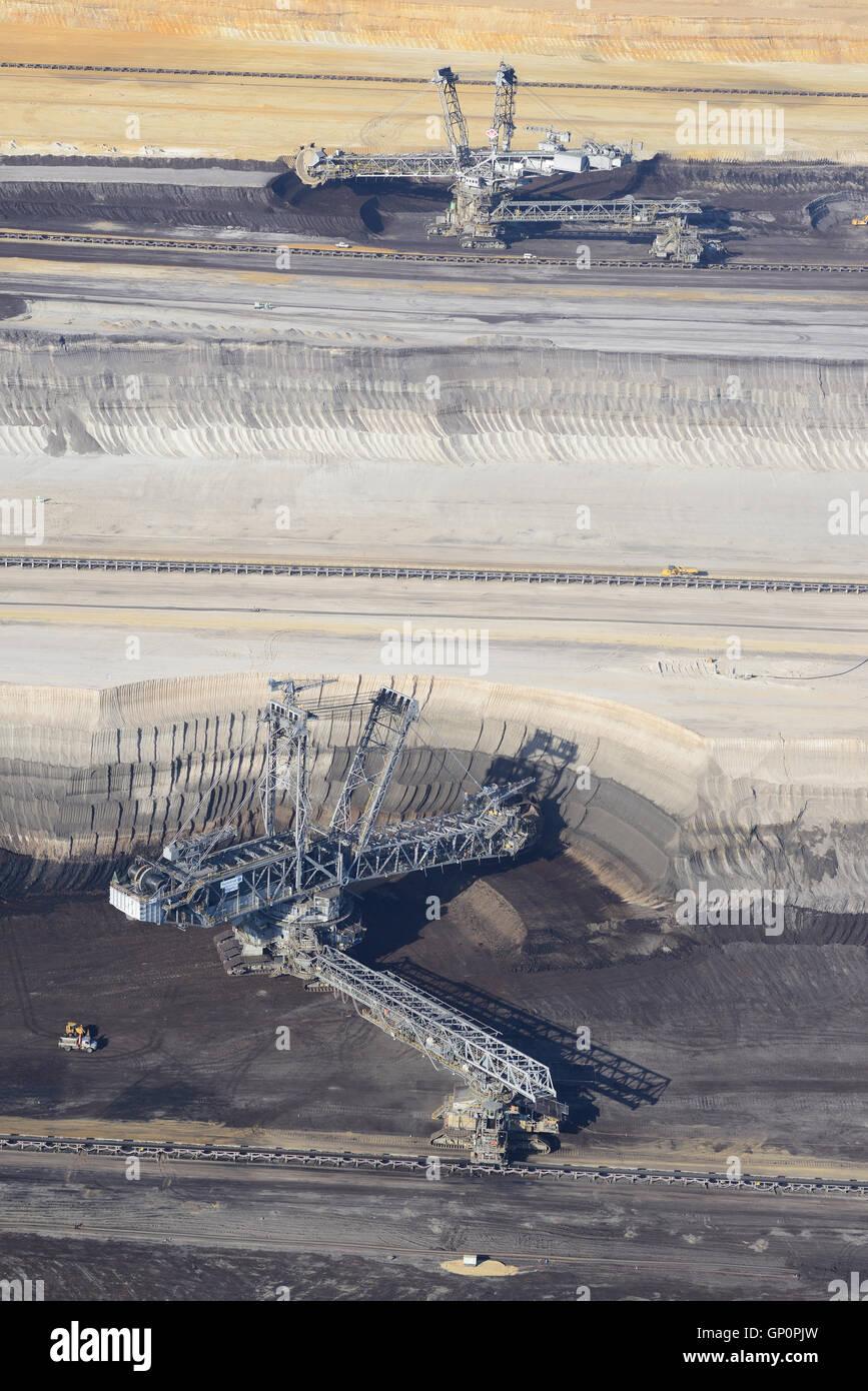 BUCKET-WHEEL EXCAVATORS AT WORK (aerial view). Garzweiler Coal Mine, North Rhine-Westphalia, Germany. - Stock Image