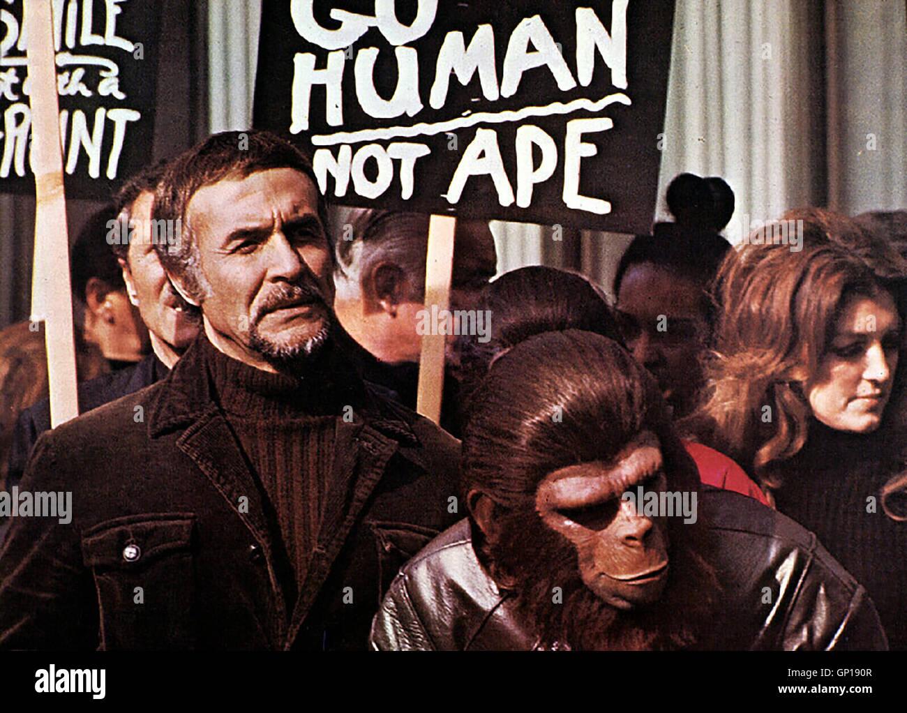 Ricardo Montalban, Roddy McDowall Nachdem Katzen und Hunde ausgestorben sind, halten sich die Menschen Affen als - Stock Image