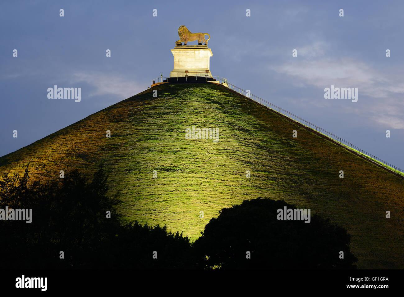 BUTTE DU LION AT NIGHT. Waterloo, Wallonia, Belgium. - Stock Image