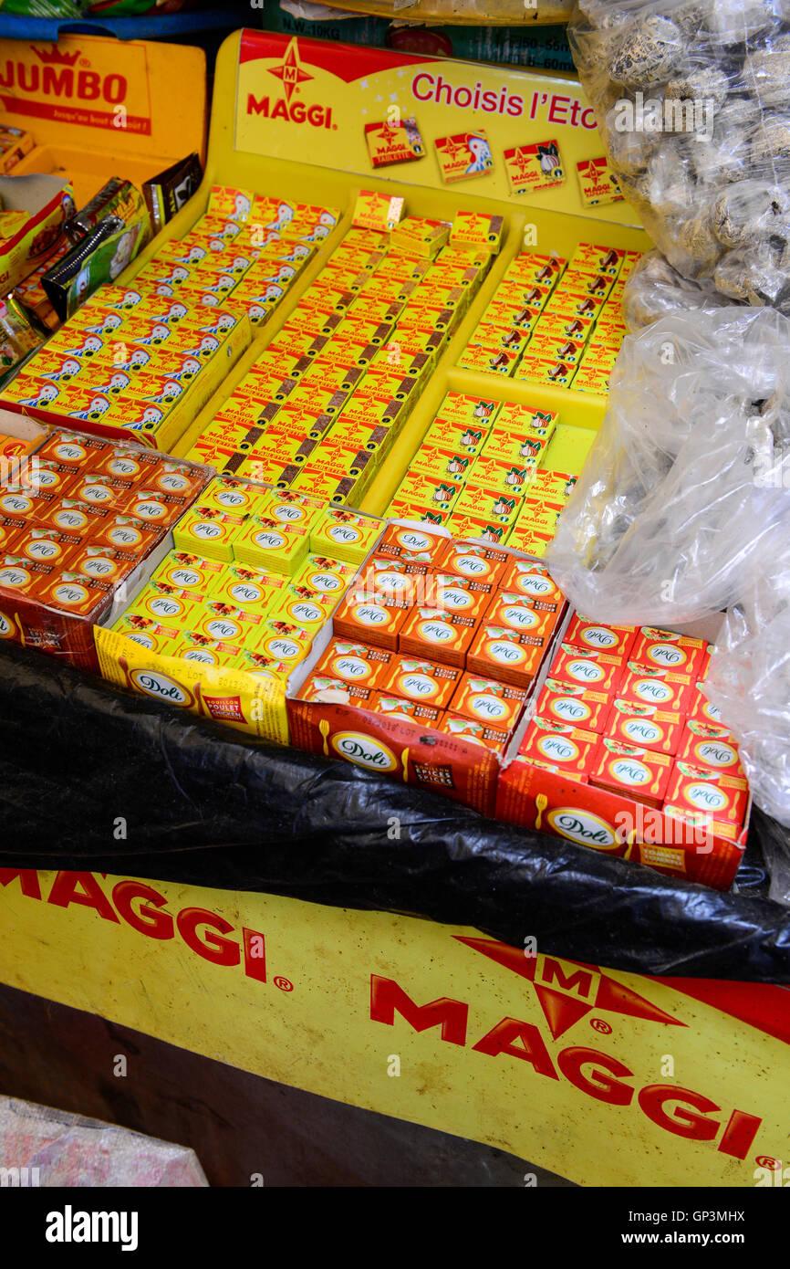 BURKINA FASO, Bobo Dioulasso, Grande MARCHE, market, selling of Nestle product Maggi bouillon cube - Stock Image