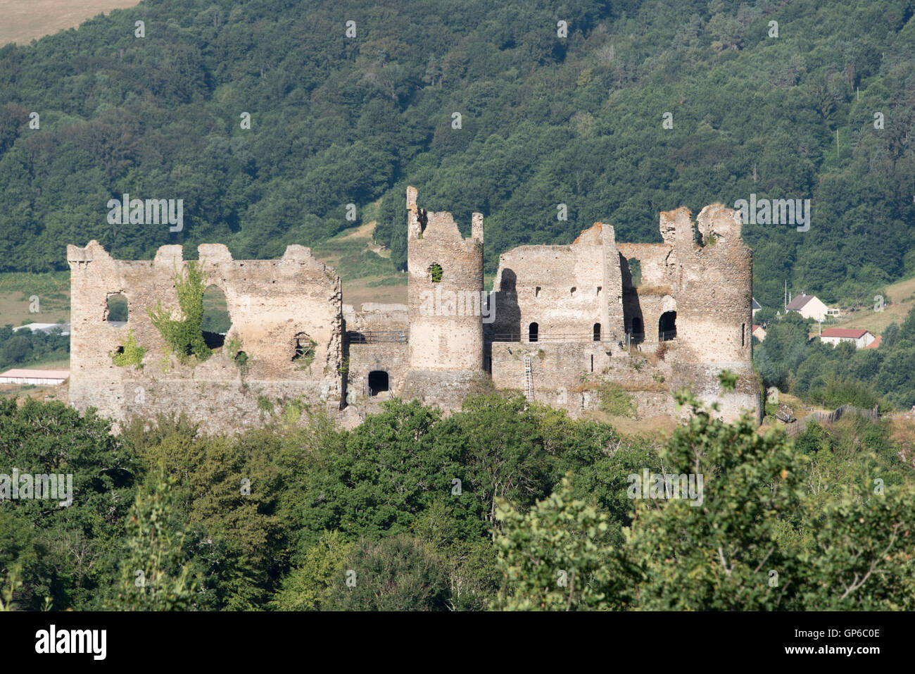 Chateau Rocher Sioule valley Auvergne France - Stock Image