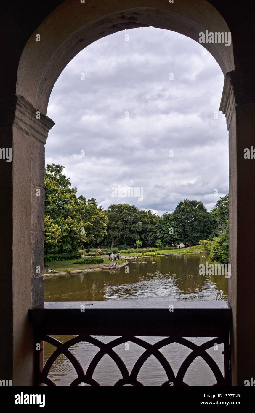 Lake view from the Boathouse in Birkenhead Park, Wirral, UK - Stock Image