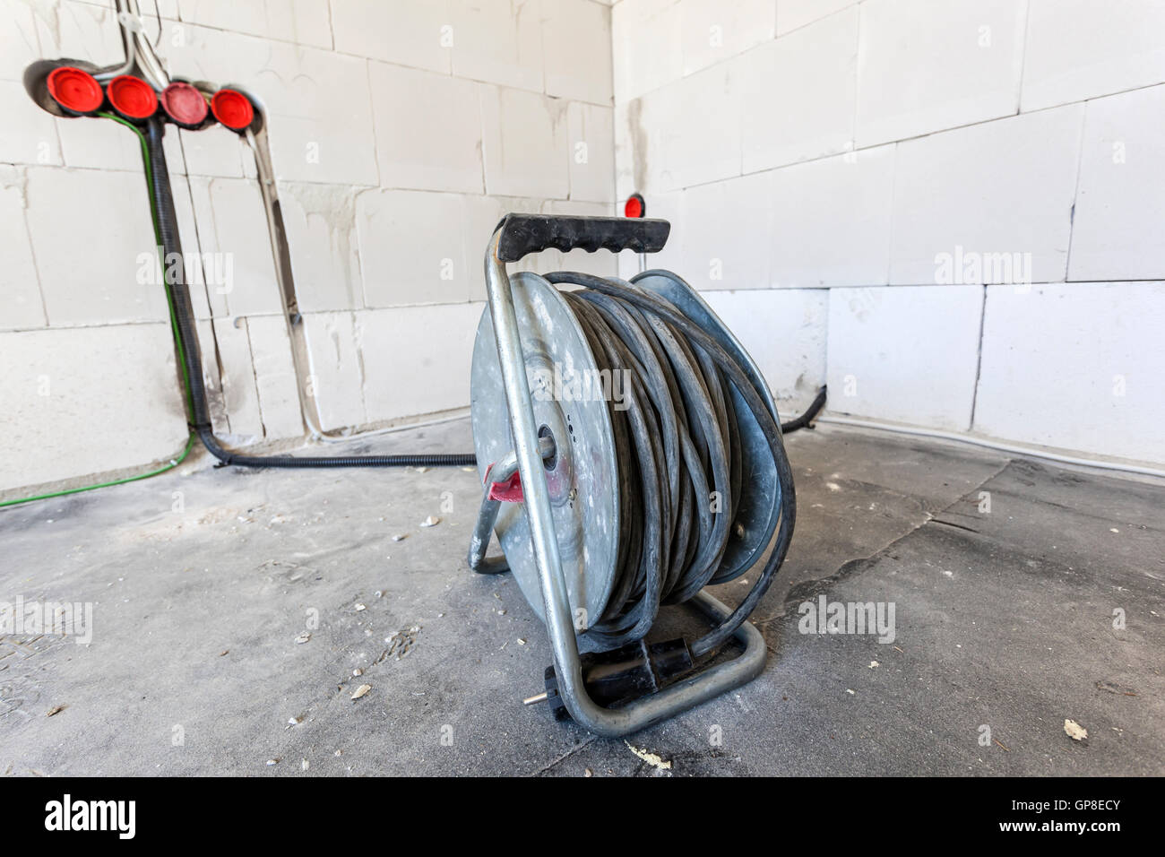 Cable Drum Stock Photos & Cable Drum Stock Images - Alamy