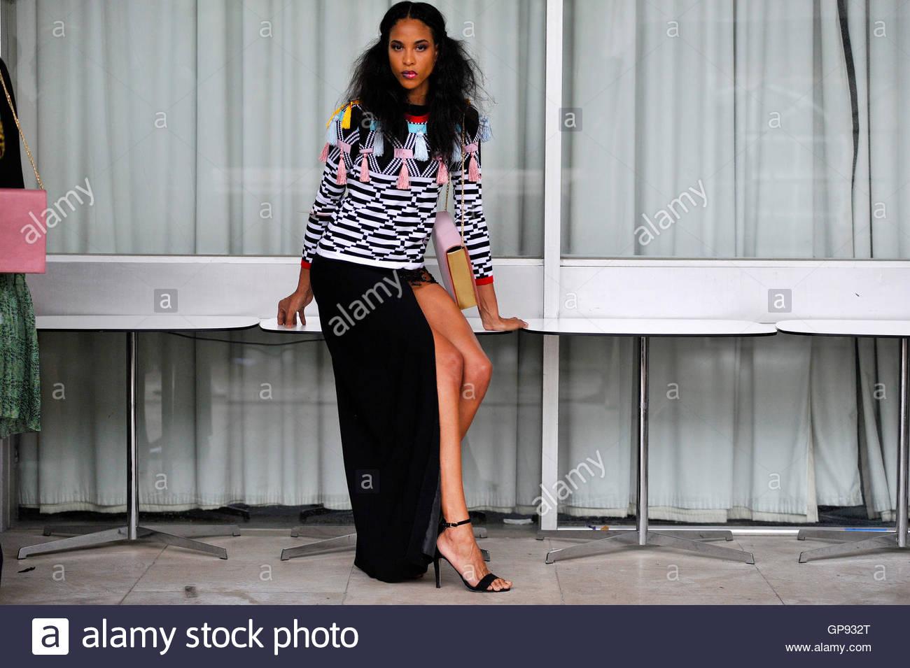 Model Lauren Lambert backstage at Africa Utopia Fashion Event Southbank London, England UK September 3 2016. - Stock Image