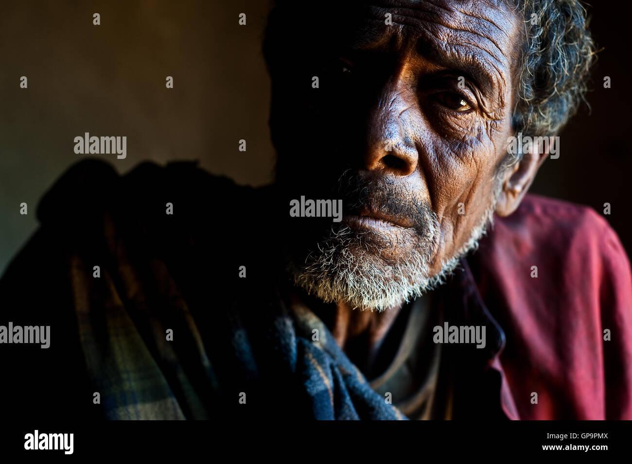 Traditional healer ('ombiasy') ( Madagascar). He belongs to the Betsileo ethnic group. - Stock Image