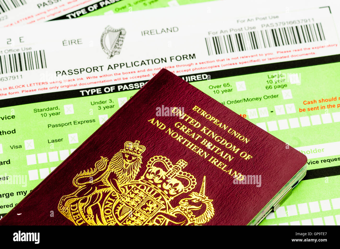 People born in Northern Ireland are entitled to dual citizenship of both Republic of Ireland (Eire), and United - Stock Image