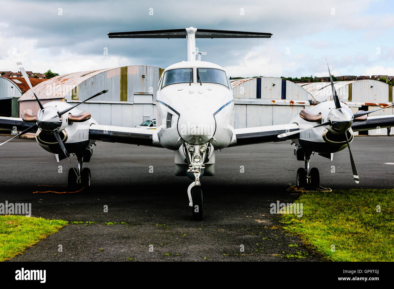 N509MV Beech B200 King Air (1981) twin engined turbo-prop passenger plane owned by United Continental Holdings Inc - Stock Image