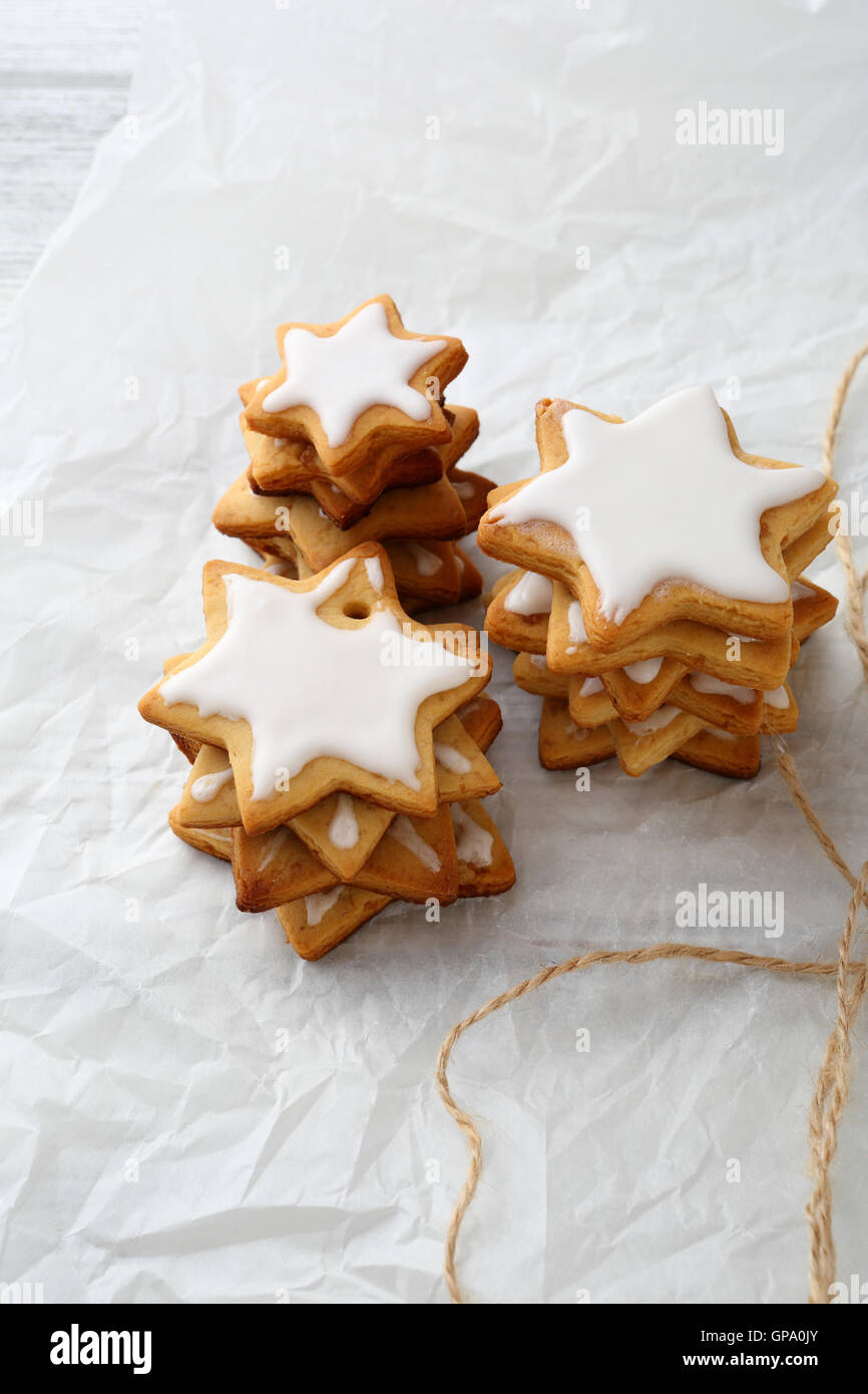 Gingerbread star cookies, holiday food close-up - Stock Image