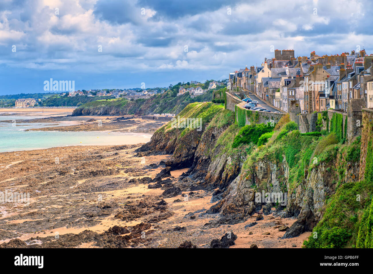 Beach on atlantic coast of Granville, Normandy, France - Stock Image