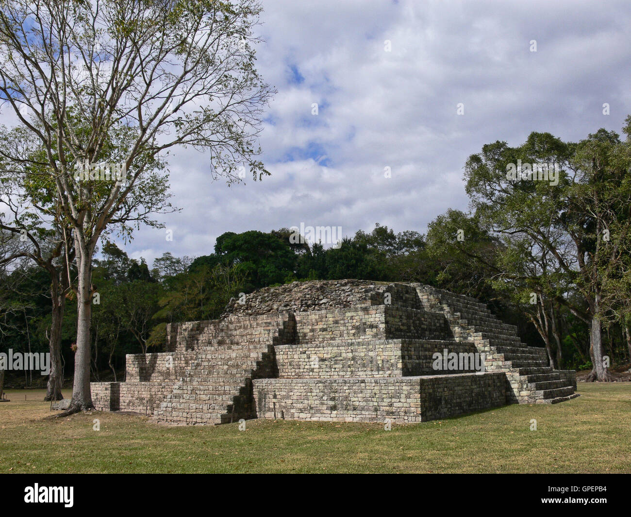 COPAN RUINAS MAYA/HONDURAS - CIRCA MARCH 2012: View of the main Maya pyramid at the archaeological site of Copan - Stock Image