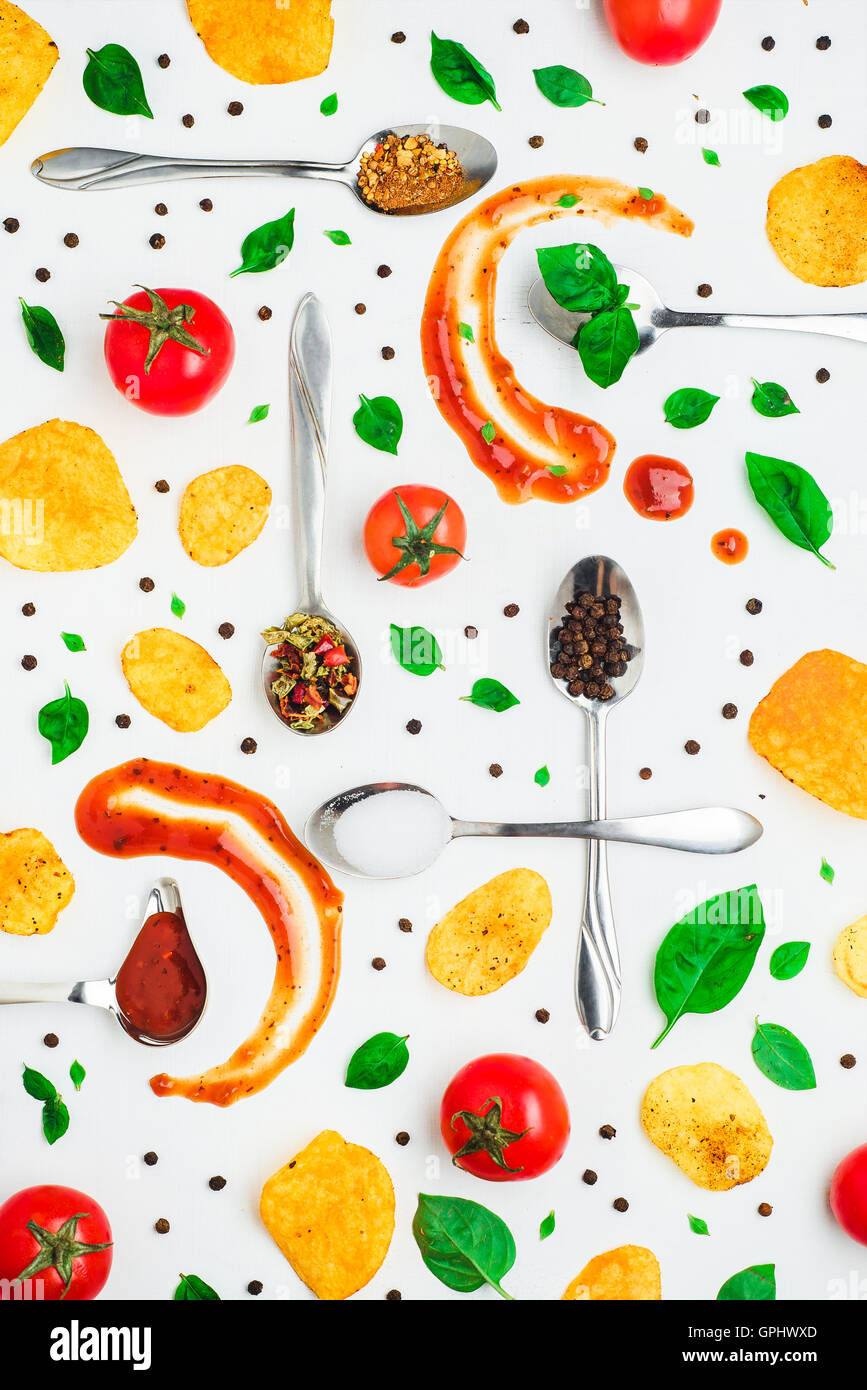 Chips Pattern: basil, pepper and tomatoes - Stock Image