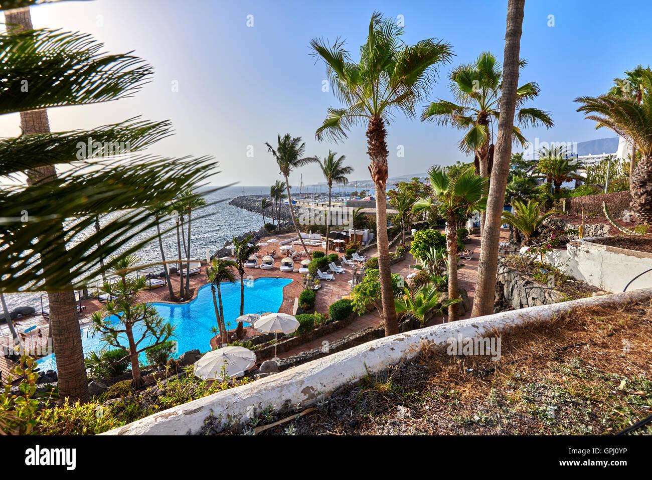 Hotel jardin tropical costa adeje tenerife stock photo 117180554 alamy - Jardines tropical tenerife ...