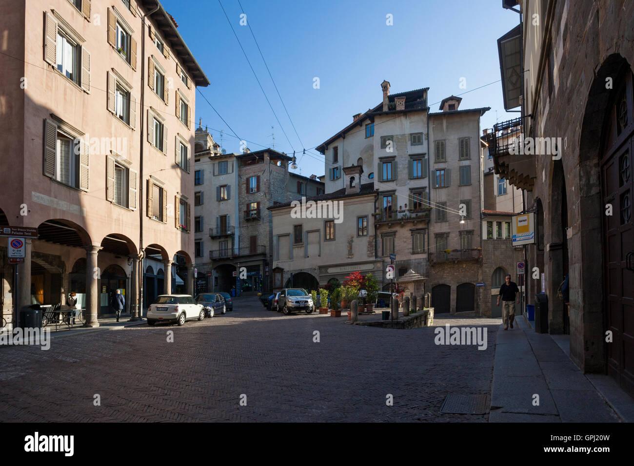 Piazza Mercato Delle Scarpe in Upper Town, Upper station of Bergamo funicular. Lombardia, Italy - Stock Image
