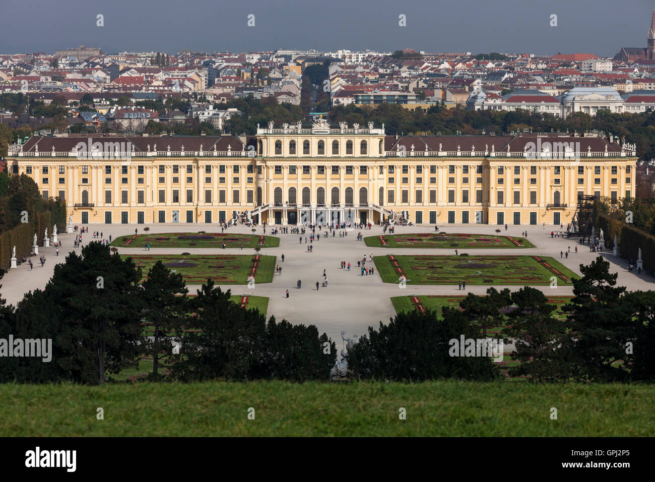 View from Gloriette to Schönbrunn Palace in Vienna, Austria - Stock Image