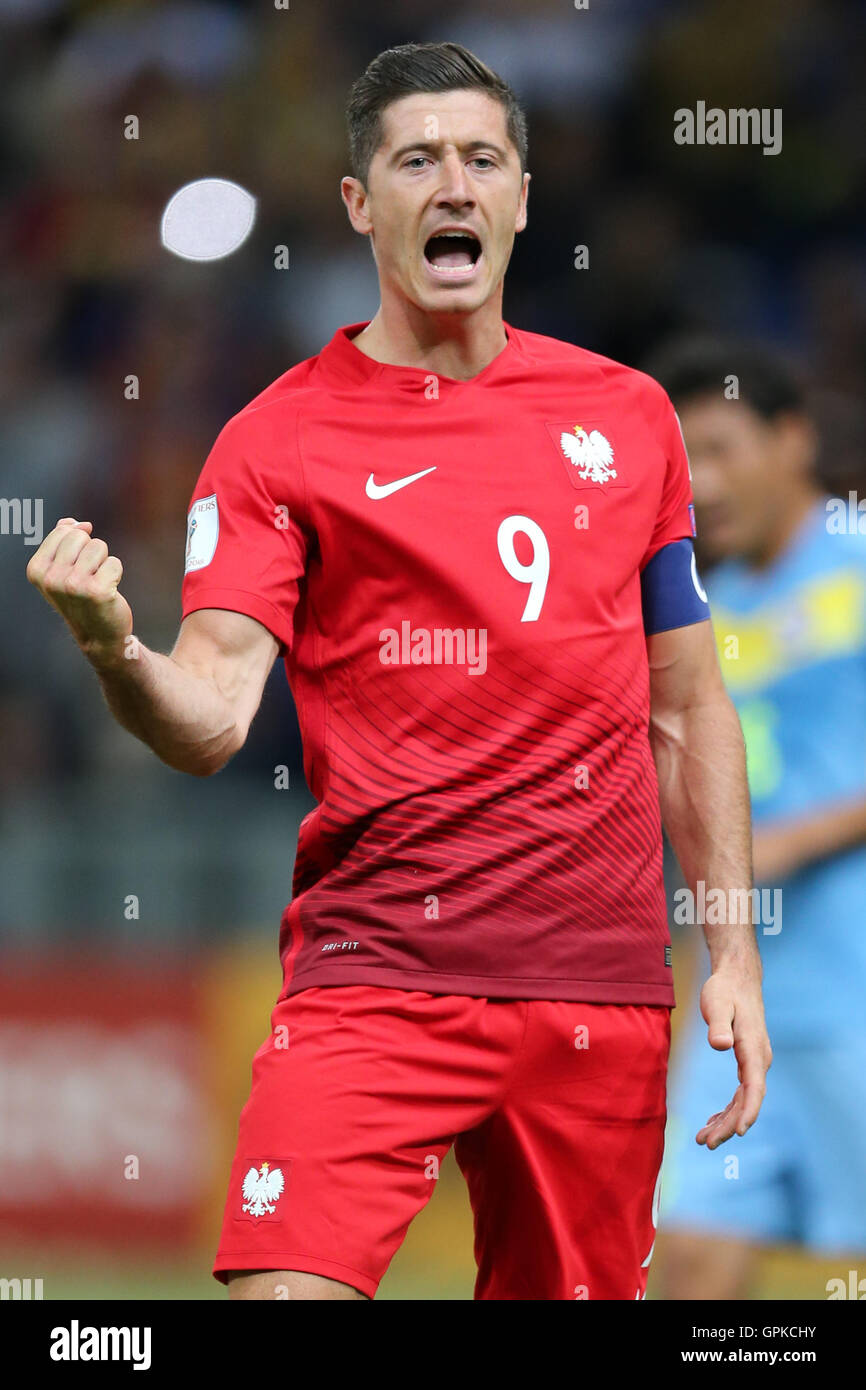 Astana, Kazakhstan. 4th September, 2016. Robert Lewandowski (POL) celebrates as he scores from the penalty spot for 0-2. Kazakhstan versus Poland, FIFA World Cup 2018 qualifier. The game ended in a 2-2 draw Credit:  Action Plus Sports Images/Alamy Live News Stock Photo