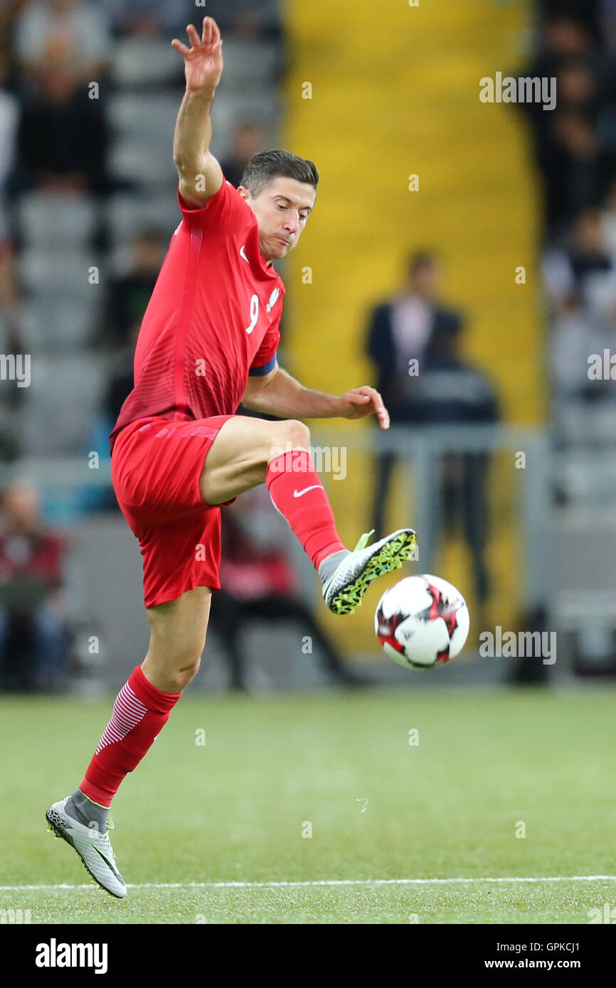 Astana, Kazakhstan. 4th September, 2016. Robert Lewandowski (POL), Kazakhstan versus Poland, FIFA World Cup 2018 qualifier. The game ended in a 2-2 draw Credit:  Action Plus Sports Images/Alamy Live News Stock Photo